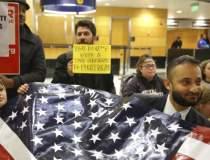 Proteste la aeroporturile din...