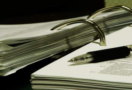 Petitii online pentru abrogarea OUG de modificare a codurilor penale. Peste 40.400 de semnaturi au fost stranse pana acum