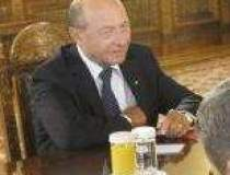 Basescu se leapada de CRIZA:...