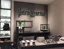 Stradivarius a deschis primul...