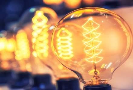 Transelectrica: Romania este importator de energie electrica, preturile fiind mai mici decat pentru productia interna