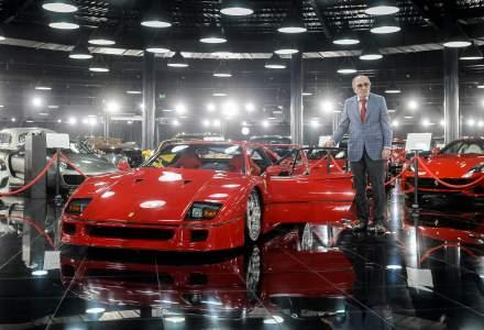 Tiriac a adus la expozitia sa de masini un model Ferrari F40 din anul 1989