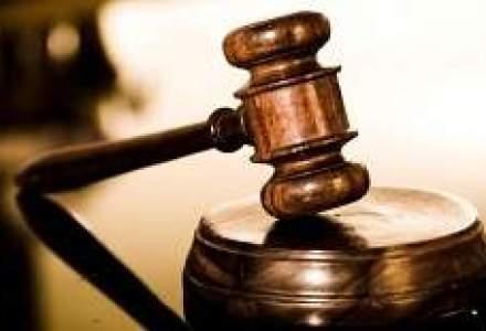 Un fost presedinte al SIF Moldova este suspectat ca a prejudiciat compania
