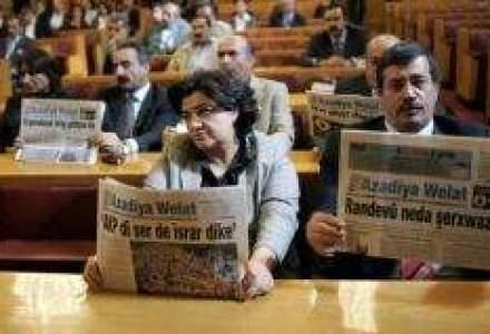 Revista presei de business: Cat au platit bancile la buget