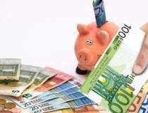 Euro coboara spre 4,51 lei,...