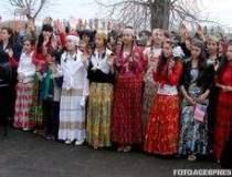 Expulzarile romilor continua,...