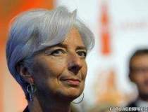 Lagarde: Economia globala a...