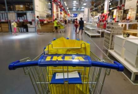"""[VIDEO] Cum vrea IKEA sa isi scape clientii de """"durerile de cap"""" provocate de asamblarea produselor"""