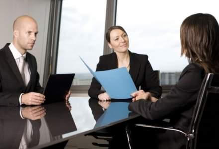 Angajati motivati si multumiti? Se poate cu stay in interview