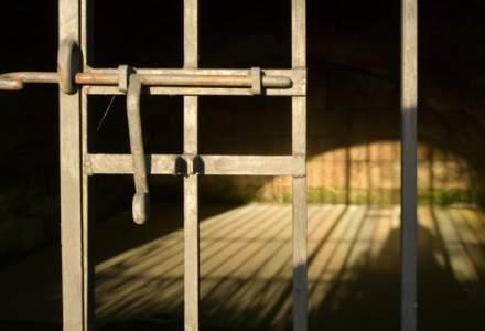 Avocatul Poporului, ancheta in cazul unui detinut care s-ar fi sinucis pentru ca nu i s-a acordat permisie