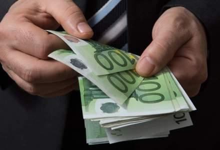 UBS isi taxeaza clientii care detin averi mai mari de un milion de euro