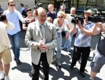 Mircea Basescu ramane in...