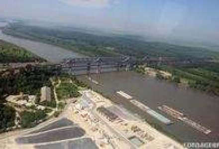 Peste 100 de nave, blocate pe Dunare