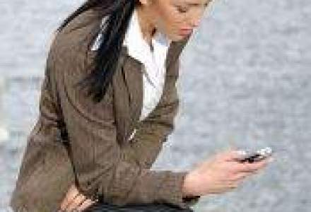 Generatia mesajelor text: Tinerii intre 18-24 de ani schimba peste 100 SMS-uri zilnic (SONDAJ WALL-STREET.RO)