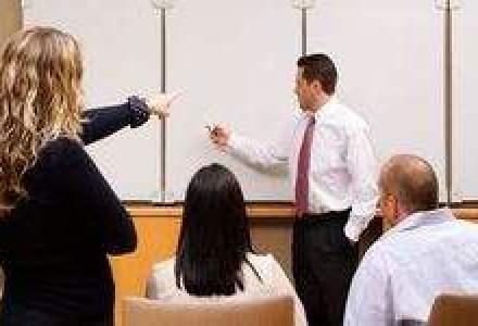 Studiu: 1 din 7 directori de vanzari din farma nu beneficiaza de training