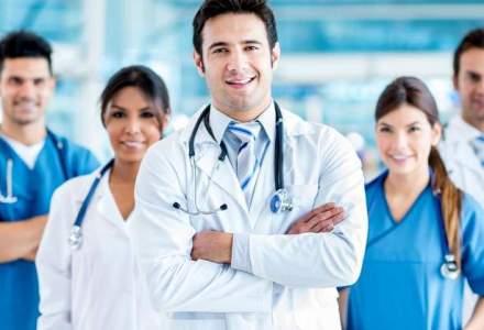 Cat castiga medicii romani in privat: iata specializarile in care salariul de debut depaseste 1.000 de euro