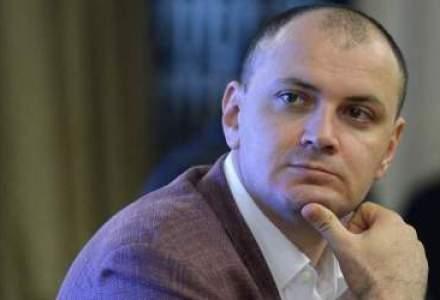 Sebastian Ghita a fost retinut la Belgrad