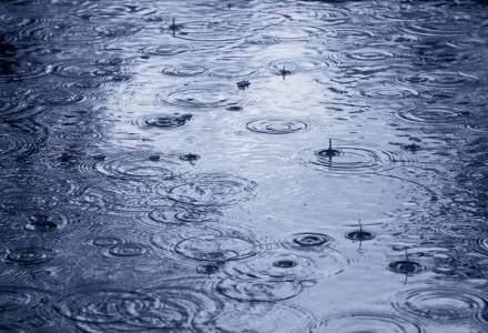 Capitala, sub cod galben de ploi si vant. Temperatura coboara pana la -2 grade
