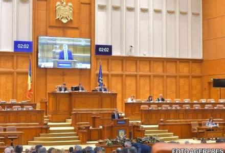 Deputatii au desfiintat notiunea de conflict de interese pentru functionarii publici