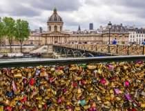 """""""Lacatele iubirii"""" din Paris,..."""