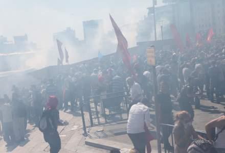 Peste 200 de persoane, retinute in Istanbul, in urma unor proteste. Politistii au intervenit cu gaze lacrimogene