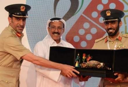 Politia din Emirate premiaza cu masini soferii care nu comit contraventii