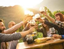 Romanii si vinul: Prefera sa...