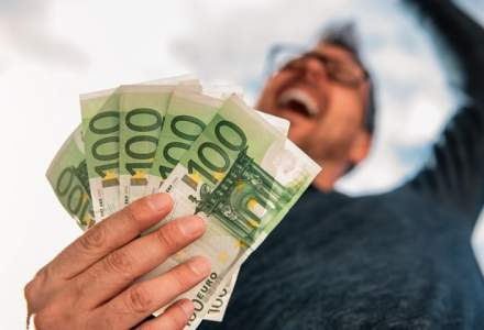 """Psihoterapeutul Alexandru Plesea: """"Banii aduc fericirea"""". Iata cele 4 situatii in care se intampla asa"""