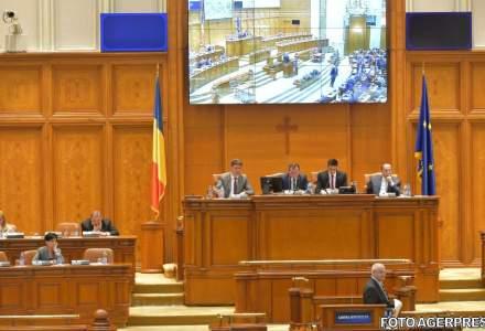 Legea gratierii, adoptata tacit de Senat. Proiectul merge la Camera in forma Guvernului