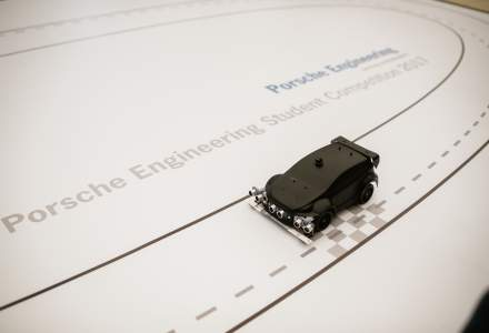 Studenti din Cluj au dezvoltat un software pentru o macheta autonoma