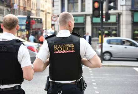 Romanul care a aruncat cu lazi in teroristii din Londra ar putea fi decorat