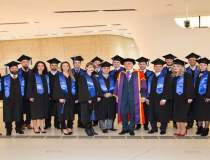 (P) Cea mai mare universitate...