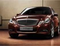 Mercedes-Benz franeaza in...