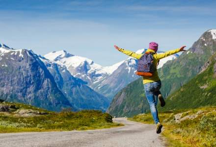Vacante si calatorii: 5 motive pentru care trebuie sa calatoresti intens in tinerete
