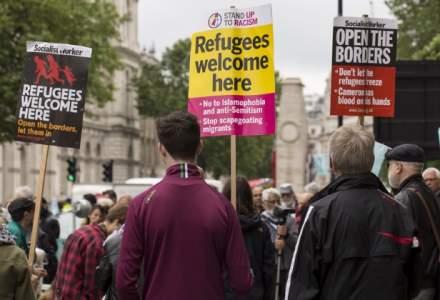 Mii de oameni au manifestat la Madrid pentru a cere Spaniei sa preia mai multi refugiati