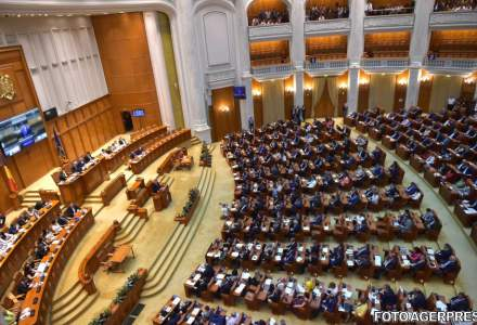 Motiunea de cenzura a trecut de Parlament. Guvernul Grindeanu a picat