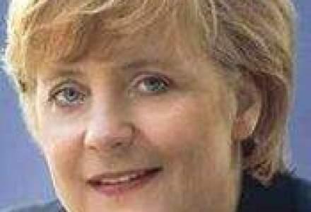 Angela Merkel: Germania si Franta nu vor renunta la euro