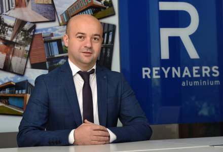 Reynaers: 1 din 5 romani alege ferestre cu tamplarie din aluminiu, iar decalajul fata de PVC a scazut in ultimii ani. Dezvoltarea pietei rezidentiale si cea de birouri au adus schimbari in comportamentul de consum