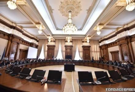 Plenul comun al Parlamentului valideaza, joi, noul Guvern