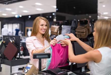 3 modalitati eficiente de a imbunatati experienta clientilor la cumparaturi