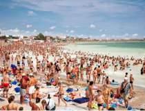 Pe plaja din Constanta inca...