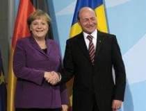 Basescu s-a dus la Berlin sa...
