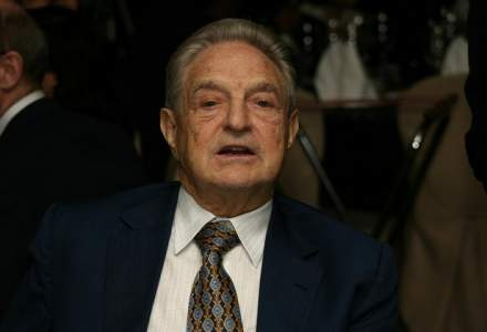 """Campanie anti-Soros: miliardarul, """"calcat in picioare"""" in tramvaiele din Ungaria"""