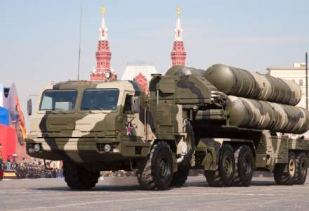 Turcia convine sa achizitioneze patru baterii S-400 de la Rusia cu 2,5 mld. dolari