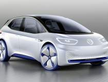 Tesla Model 3 va avea inca un...