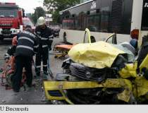 Accident in Bucuresti. Doi...