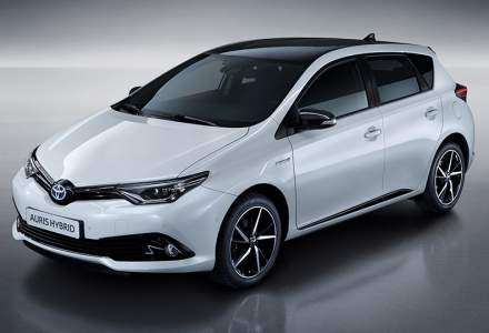 Toyota Romania lanseaza Auris Hybrid Black Edition