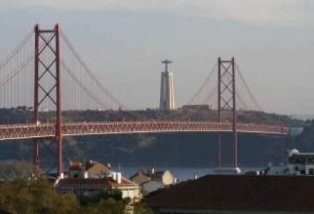 """Portugalia, nerecomandata investitorilor. Fitch o pune in categoria """"junk"""""""