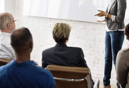 Doi din trei angajati din Romania vor sa invete o limba straina pentru a avansa in cariera