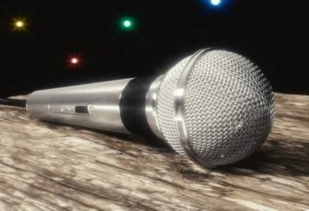 Pacatele public speaking-ului autohton: Cinci idei simple care te-ar ajuta sa tii un discurs decent